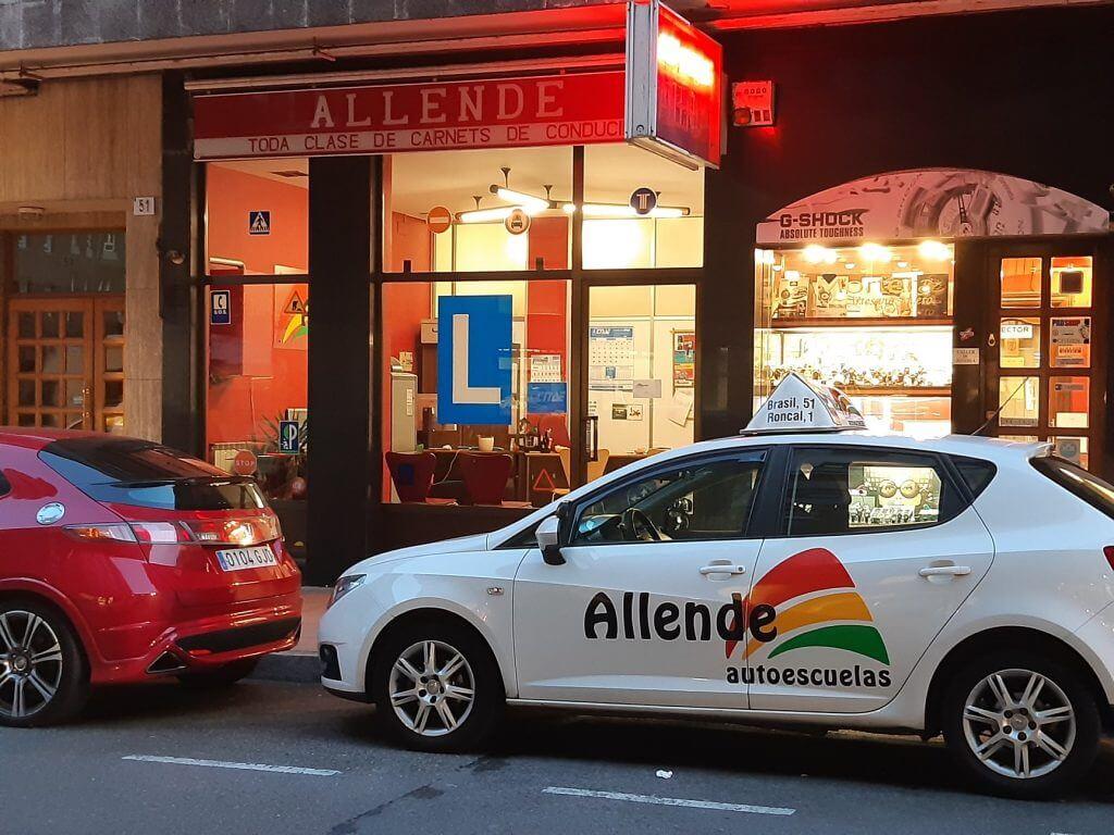 local de autoescuela allende calle brasil Gijón